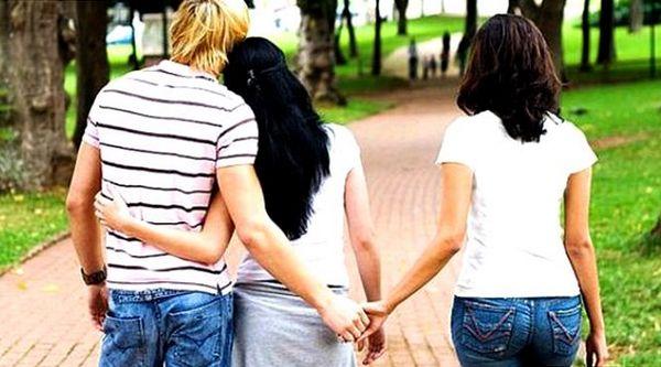 Что заставляет мужчин искать любовь на стороне?