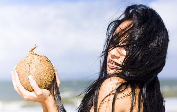 Когда необходимы маски для лица с кокосовым маслом в домашних условиях?