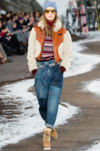 Какую куртку одевать с джинсами бойфрендами