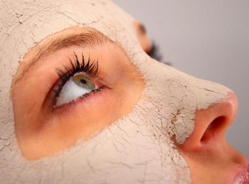 В чём польза дрожжевой маски?