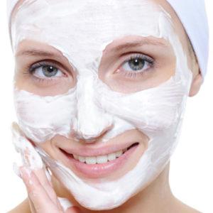 Отбеливающая сметанная маска для лица