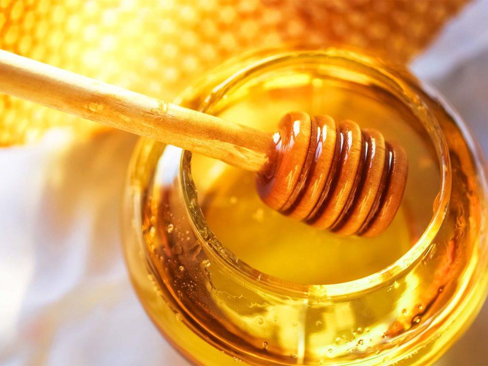 Маски для волос с мёдом в домашних условиях: народные рецепты