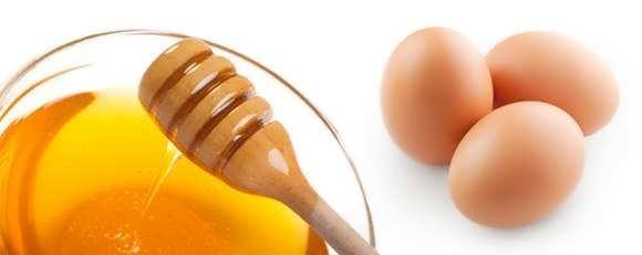 Маска с куриным яйцом и мёдом