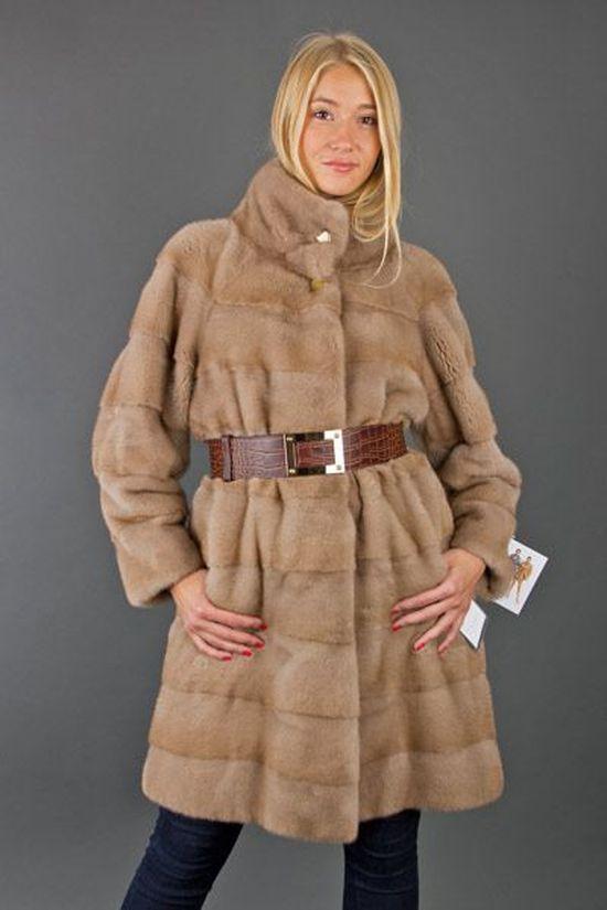 Норковая шуба со стоячим воротником: с чем носить данную модель
