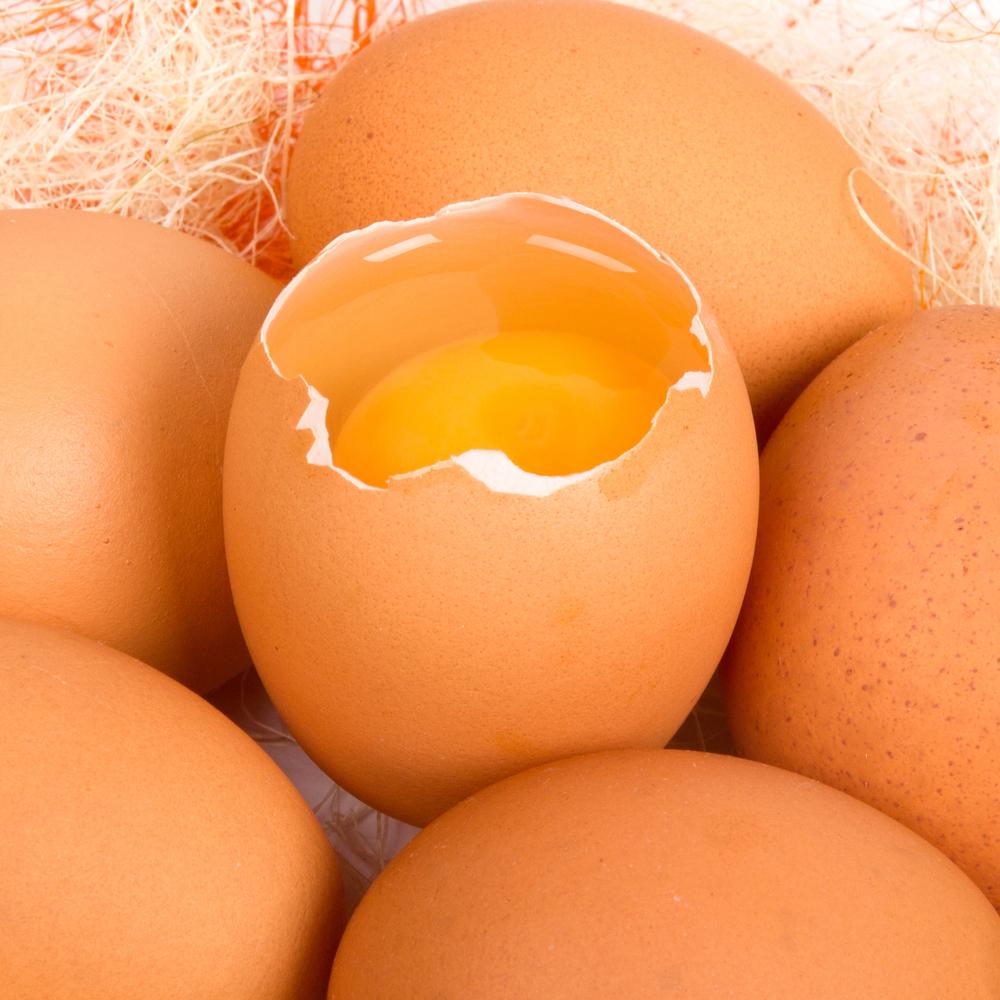Этапы приготовления яичной маски