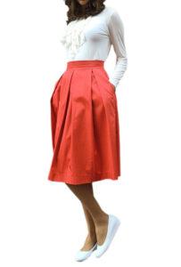 Коралловая юбка со складками