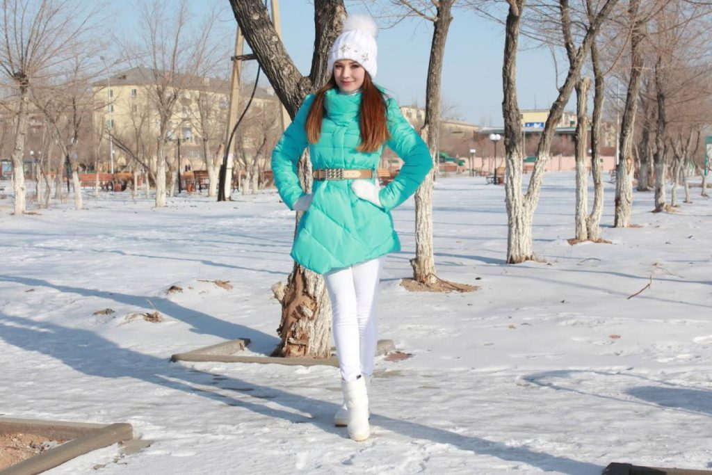 Особенности зимних сапог белого цвета