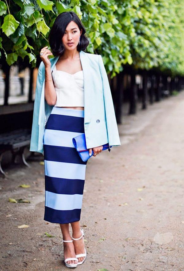 Бело-синяя юбка