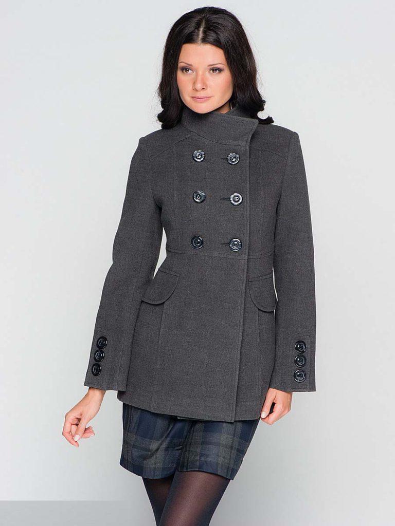 Выбираем длину серого пальто