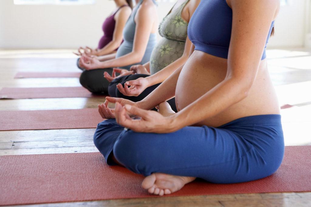 Упражнения для беременных по срокам