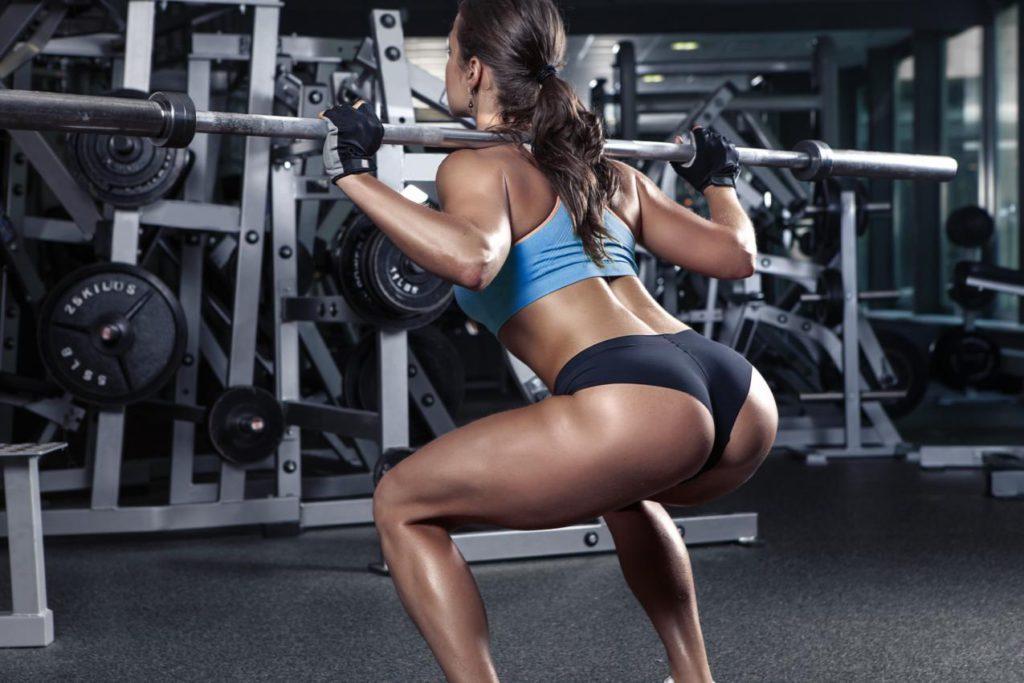 Тренировка ягодиц в спортзале