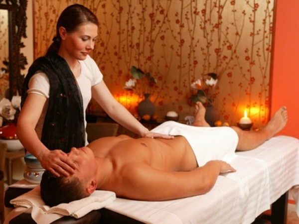 Эротический массаж для мужчин от 18 и старше!