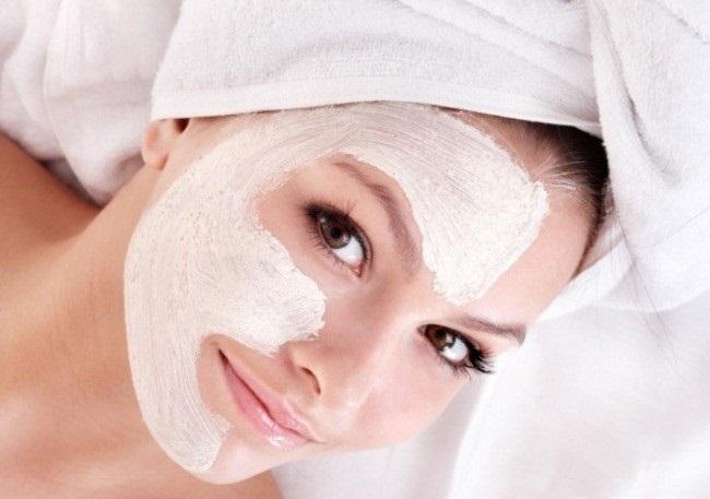 Устранение шелушения кожи на лице в салоне красоты
