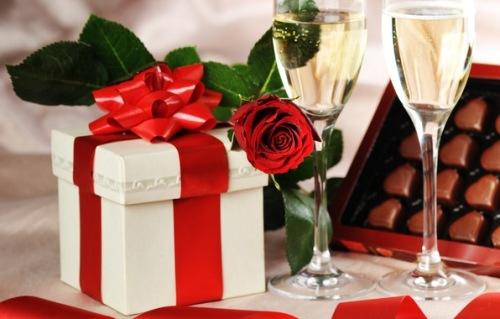 Как устроить самый лучший праздник для своего любимого?
