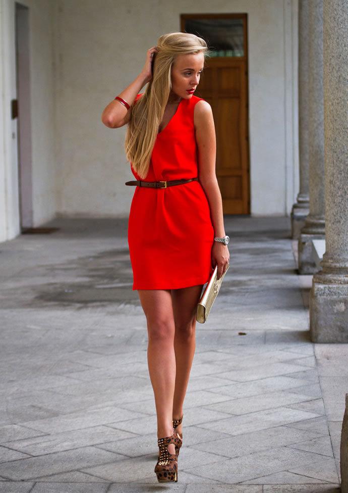 красное платье на каждый день фото
