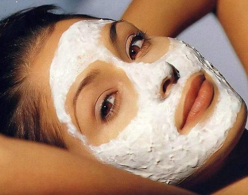 Стягивающая глиняная маска с белком