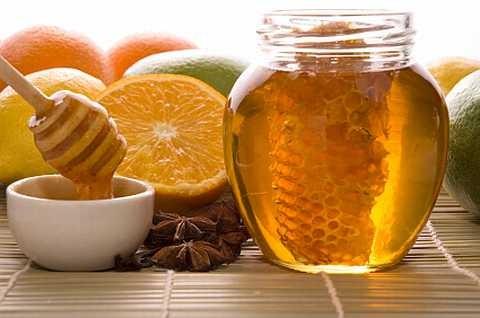 Польза мёда для кожи