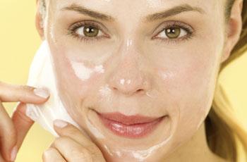 Медово-глицеринная маска против увядания кожи