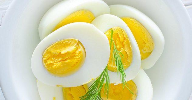Как похудеть при помощи куриных яиц