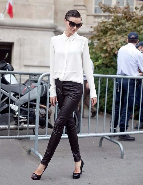 Зауженные модели чёрных брюк