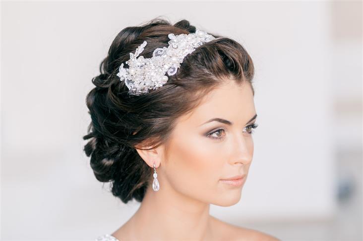 Прическа на свадьбу для коротких волос