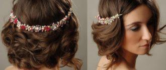 Причёски для волос средней длины в греческом стиле